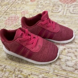 Toddler size 6 Adidas Sneakers